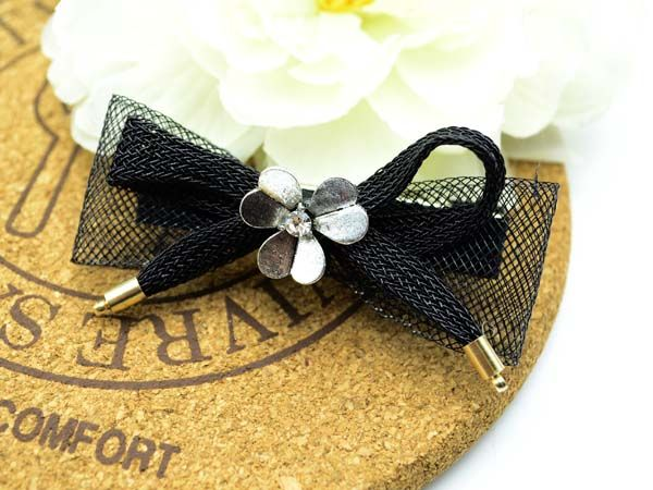 http://www.conmigolondon.co.uk/ekmps/shops/conmigo/images/1.-al0060-eye-catching-black-bow-with-silver-metal-flower-hair-slids-2-pieces-%5B2%5D-15525-p.jpg