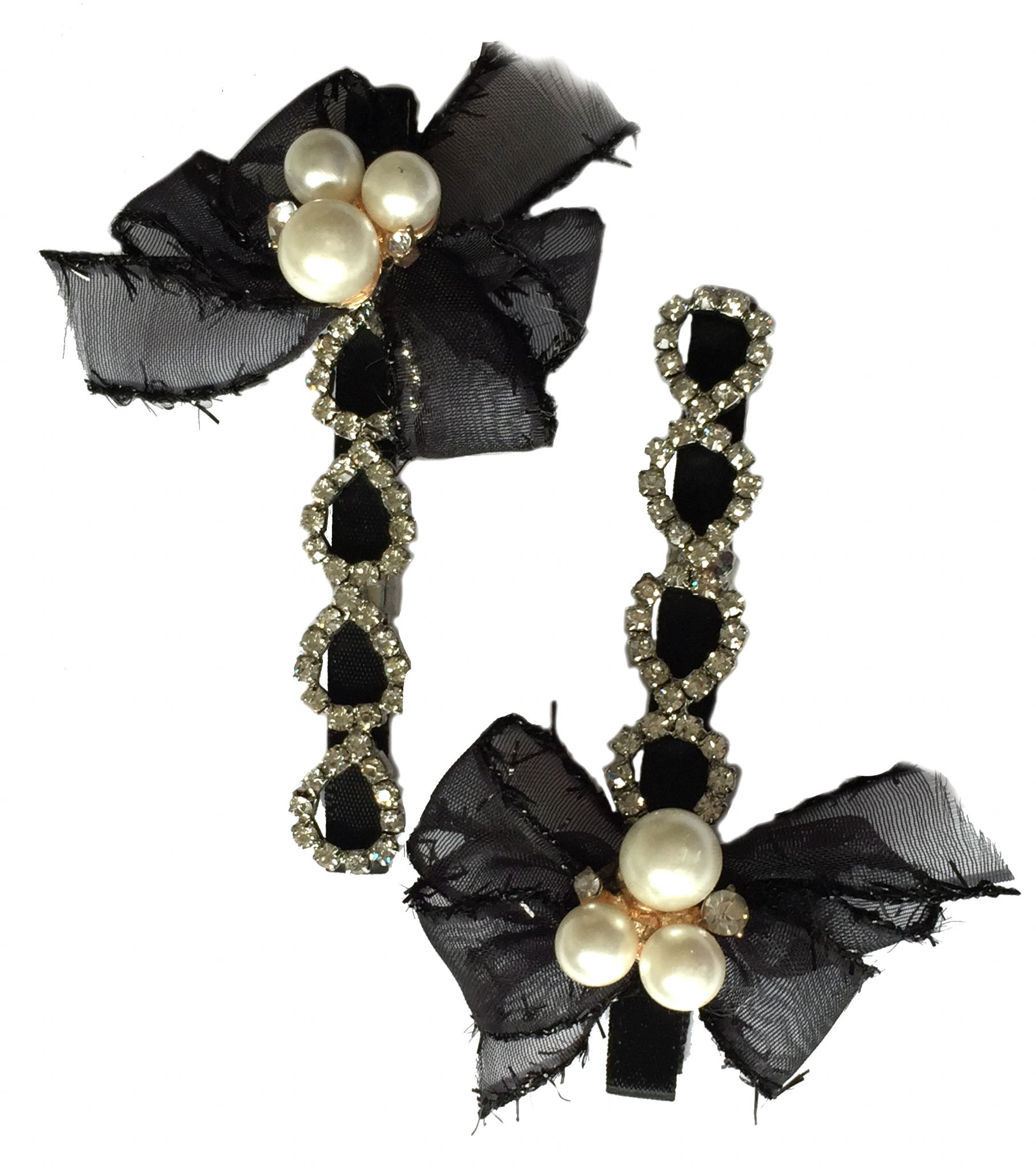 http://www.conmigolondon.co.uk/ekmps/shops/conmigo/images/1.-al0075-eye-catching-black-bow-with-pearls-and-colourful-sequin-hair-slids-2-pieces-%5B2%5D-15558-p.jpg