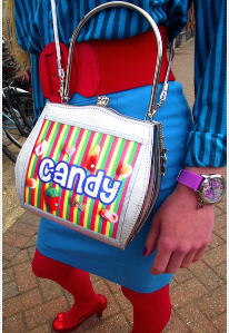 http://www.conmigolondon.co.uk/ekmps/shops/conmigo/images/helen-rochfort-candy-queen-handbag-%5B4%5D-843-p.jpg