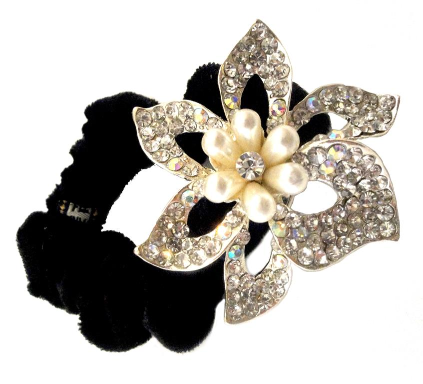 http://www.conmigolondon.co.uk/ekmps/shops/conmigo/images/hso030060-black-scrunchie-decorated-with-a-sparkling-silver-colourful-sequin-and-peals-flower-%5B4%5D-8548-p.jpg